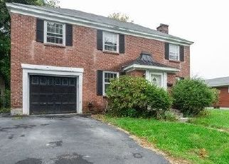 Foreclosed Home in Albany 12208 HACKETT BLVD - Property ID: 4454423902