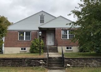 Foreclosed Home in Worcester 01604 LAKE AVE - Property ID: 4454457168