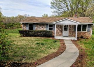 Foreclosed Home in Barboursville 22923 TAYLORSVILLE RD - Property ID: 4454638498