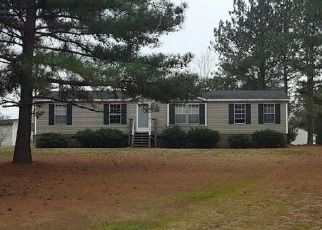 Foreclosed Home in Henderson 27537 AVERY LN - Property ID: 4454708574
