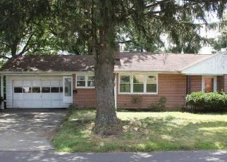 Foreclosed Home in Bridgeport 06604 POWELL PL - Property ID: 4454709447