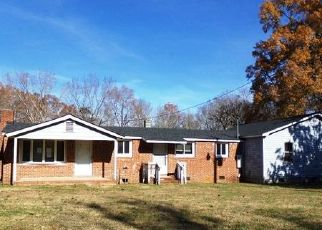 Foreclosed Home in Bear Creek 27207 HANNER TOWN RD - Property ID: 4454760248