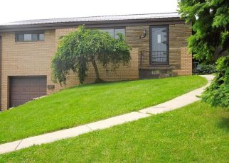 Foreclosed Home in Pittsburgh 15236 JUDITH DR - Property ID: 4454821570