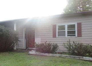 Foreclosed Home in White Haven 18661 LAUREL RD - Property ID: 4454848729