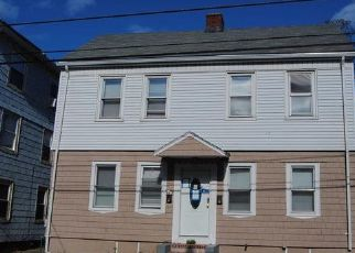Foreclosed Home in Pawtucket 02860 HARRISON ST - Property ID: 4454866687