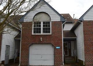 Foreclosed Home in Chesapeake 23321 CRICKET HOLLOW LN - Property ID: 4454887262