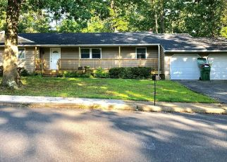 Foreclosed Home in Eatontown 07724 RUTH PL - Property ID: 4454903468
