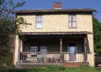 Foreclosed Home in Pittsburgh 15235 HOWARD ST - Property ID: 4454906988