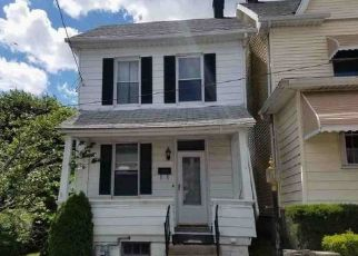 Foreclosed Home in Hazleton 18201 HAYES ST - Property ID: 4454951204