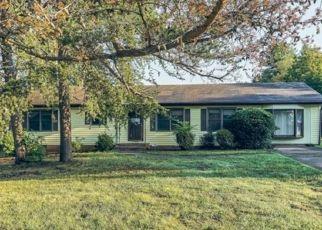 Foreclosed Home in Winston Salem 27105 LONGBROOK CIR - Property ID: 4454965666