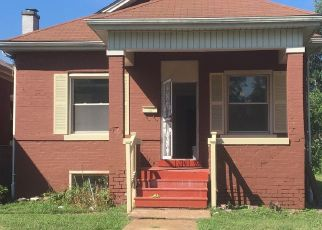 Foreclosed Home in East Saint Louis 62205 ILLINOIS AVE - Property ID: 4455061131
