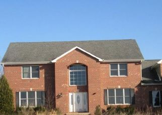 Foreclosed Home in Hebron 46341 ARTHUR HENRY GIBBS ST - Property ID: 4455065517