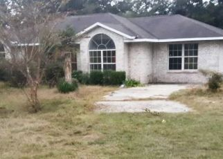 Foreclosed Home in Lake City 32024 SW LEGION DR - Property ID: 4455103179