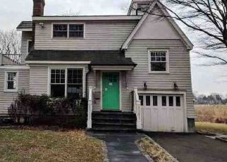 Foreclosed Home in Fairfield 06824 SHOREHAM VILLAGE DR - Property ID: 4455132984