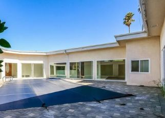 Foreclosed Home in Los Angeles 90008 S CLOVERDALE AVE - Property ID: 4455152235