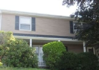 Foreclosed Home in Bridgeport 06606 ANSON ST - Property ID: 4455174129