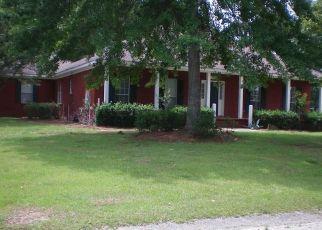 Foreclosed Home in Satsuma 36572 CORDOVA AVE - Property ID: 4455192984