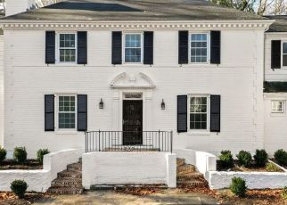 Foreclosed Home in Darien 06820 SAINT NICHOLAS RD - Property ID: 4455274883