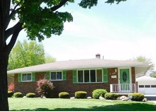 Foreclosed Home in Toledo 43611 286TH ST - Property ID: 4455319545