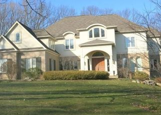 Foreclosed Home in Fairport 14450 EMERALD HILL CIR - Property ID: 4455321742