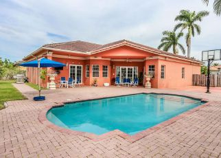 Foreclosed Home in Miami 33183 SW 76TH ST - Property ID: 4455329625