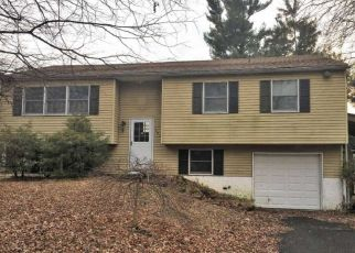 Foreclosed Home in Langhorne 19047 GABLES CT - Property ID: 4455348451