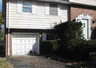 Foreclosed Home in Englewood 07631 THOMPSON AVE - Property ID: 4455396631