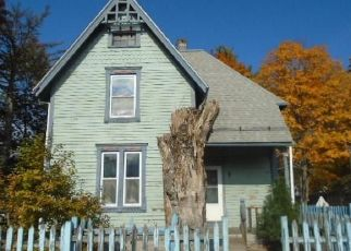 Foreclosed Home in East Hartford 06108 WELLS AVE - Property ID: 4455416334