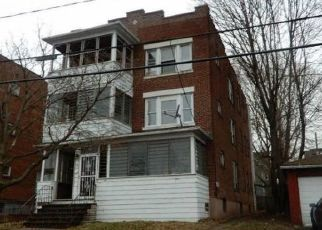 Foreclosed Home in Hartford 06114 GRANDVIEW TER - Property ID: 4455431221