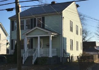 Foreclosed Home in East Hartford 06108 PARK AVE - Property ID: 4455440425