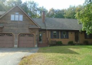 Foreclosed Home in Enfield 06082 EDGEWOOD DR - Property ID: 4455442619