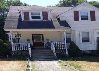 Foreclosed Home in Saugus 01906 PEARSON ST - Property ID: 4455567439