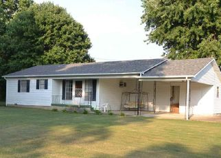 Foreclosed Home in Trezevant 38258 RAILROAD ST - Property ID: 4455634898