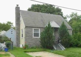 Foreclosed Home in Mount Ephraim 08059 HARDING AVE - Property ID: 4455679114
