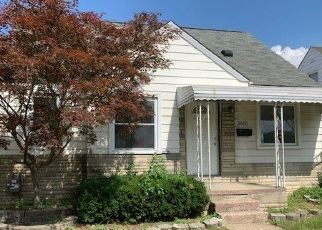 Foreclosed Home in Wyandotte 48192 15TH ST - Property ID: 4455734753