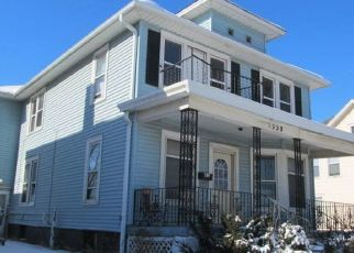 Foreclosed Home in Racine 53404 CARLISLE AVE - Property ID: 4455772855