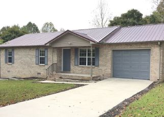 Foreclosed Home in Winchester 37398 WALNUT DR - Property ID: 4455800440