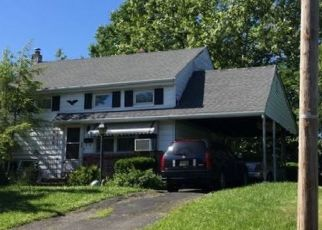 Foreclosed Home in Somerville 08876 MASTOGEN DR - Property ID: 4455857371