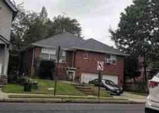 Foreclosed Home in Cliffside Park 07010 PALISADE AVE - Property ID: 4455914760