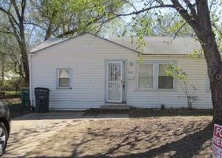 Foreclosed Home in Wichita 67217 S OAK AVE - Property ID: 4455957678