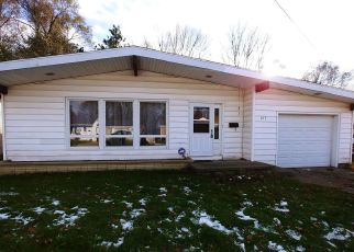 Foreclosed Home in Ionia 48846 FOREST ST - Property ID: 4456018552
