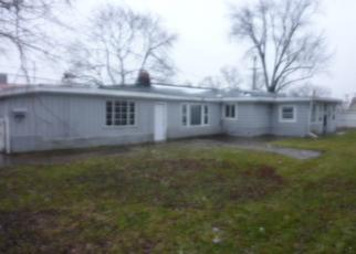 Foreclosed Home in Melrose Park 60164 N LAVERGNE AVE - Property ID: 4456052273