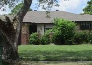 Foreclosed Home in Houston 77089 SAGECREST LN - Property ID: 4456083369