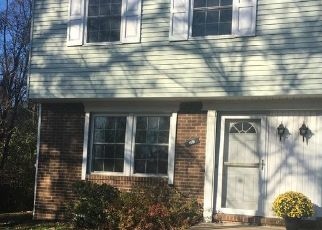 Foreclosed Home in Mc Kees Rocks 15136 COUNTRYSIDE DR - Property ID: 4456132870