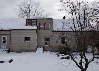 Foreclosed Home in Windham 04062 ALBION RD - Property ID: 4456150828