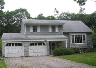 Foreclosed Home in Eatontown 07724 SANDSPRING DR - Property ID: 4456170529