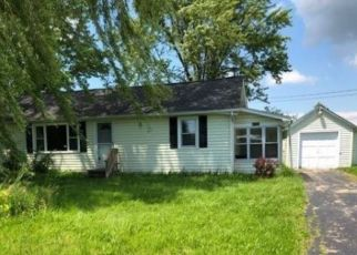 Foreclosed Home in Lockport 14094 LOCKPORT RD - Property ID: 4456174471