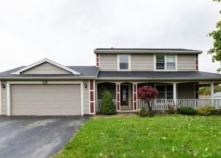 Foreclosed Home in Hilton 14468 NEWCOMB DR - Property ID: 4456199882