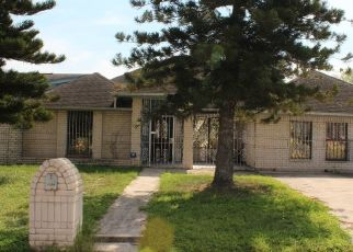 Foreclosed Home in Weslaco 78596 S CHERRY BLOSSOM CIR - Property ID: 4456243673