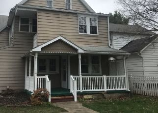 Foreclosed Home in Wilkes Barre 18705 E THOMAS ST - Property ID: 4456255946
